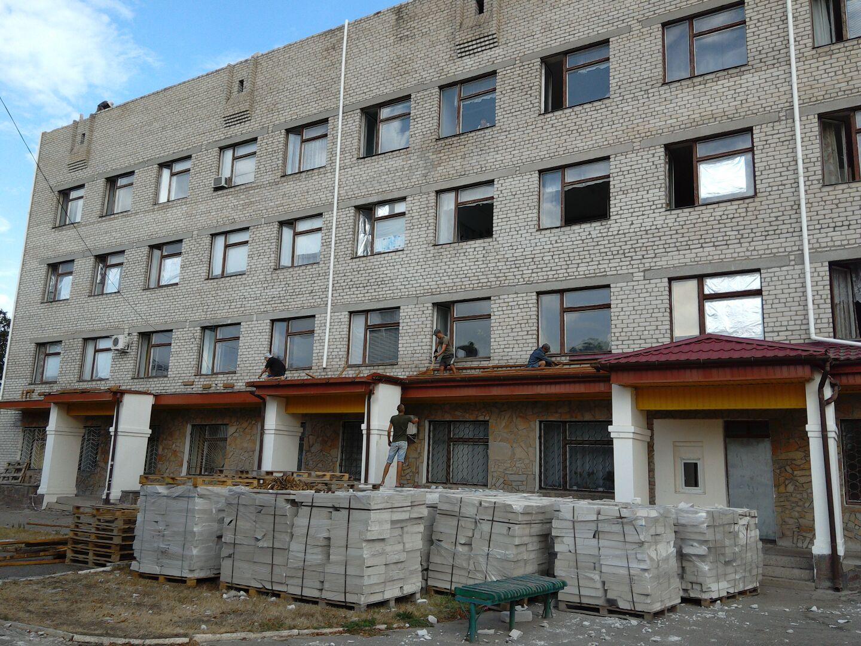 Розпочались будівельні роботи в будівлі поліклініки Вознесенської лікарні